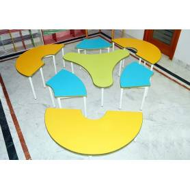 Table multi couleur spiner