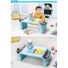 Table plastique pour enfants