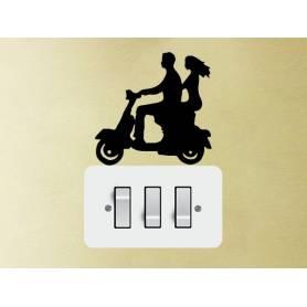 Sticker Couple En Scooter -sticker281 -15*15 cm